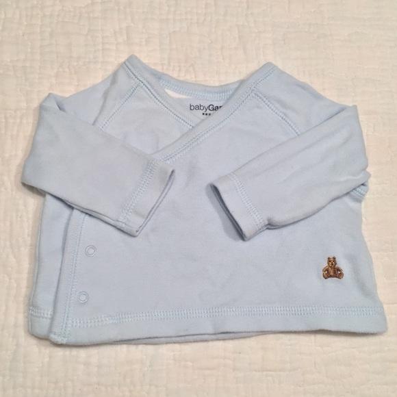 bfedf9146dfb GAP Shirts   Tops